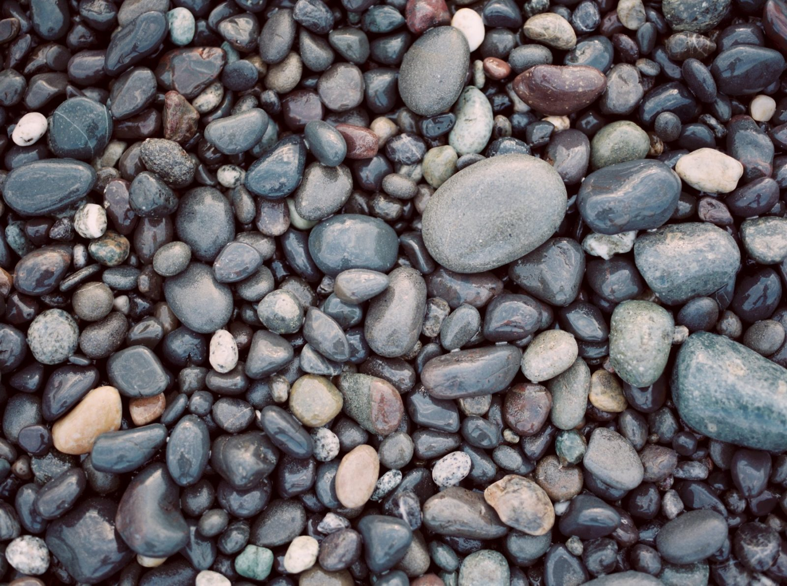 What Are The Benefits Of Having A Hot Stone Massage in Vermont?